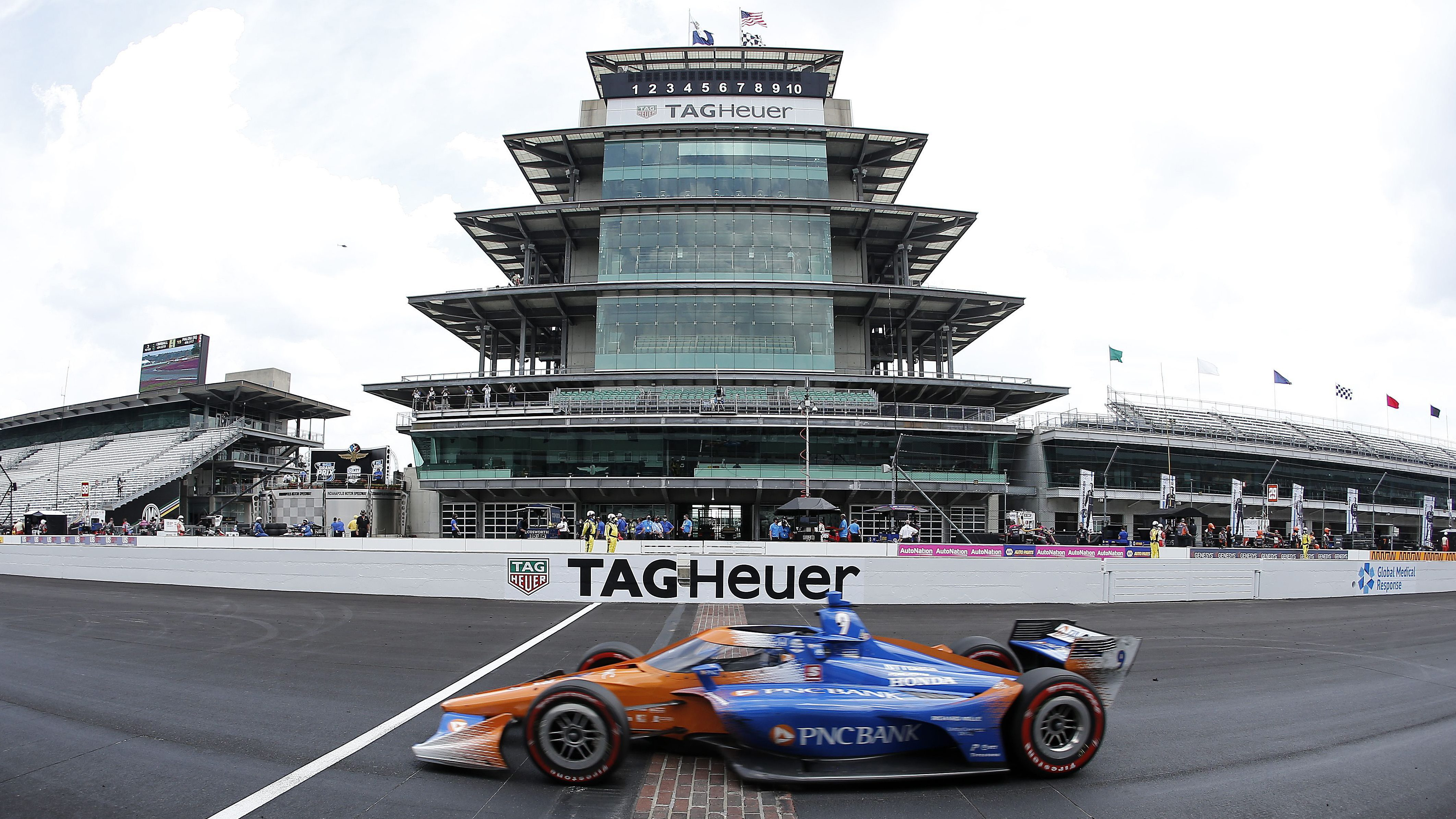 IndyCar race weekend doubleheader schedule at IMS road course